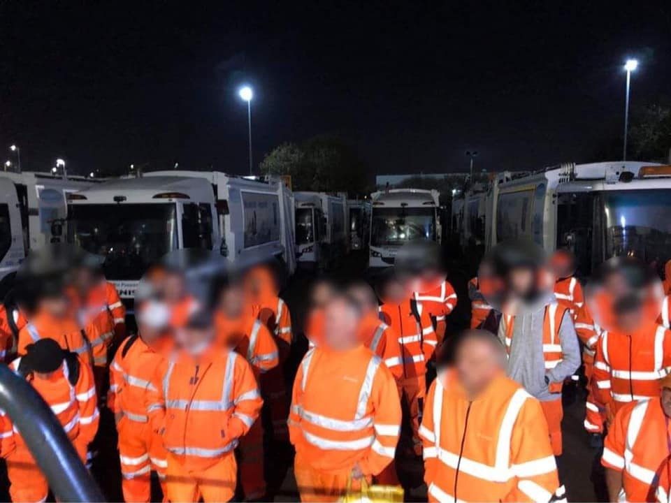 Thurrock refuse workers vote to strike against wage slash